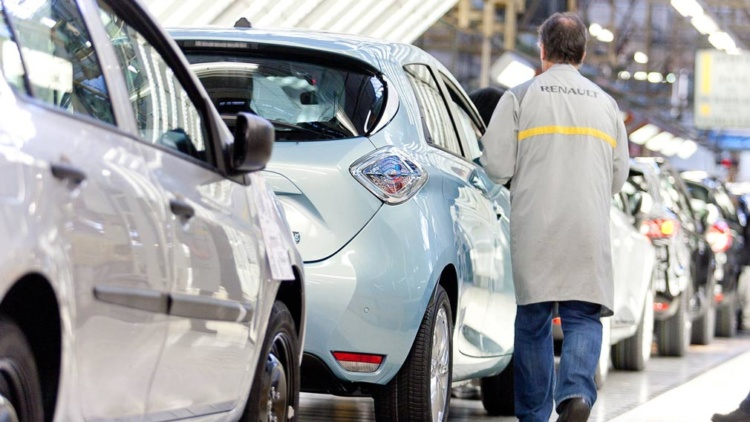 Сколько сотрудников может сократить Renault 1