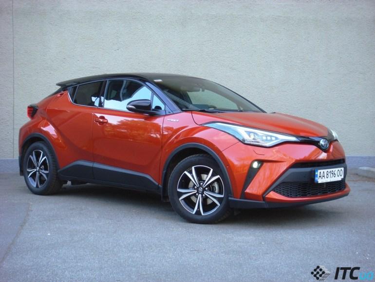 «Драйвовый японец»: обзор Toyota C-HR Hybrid 2