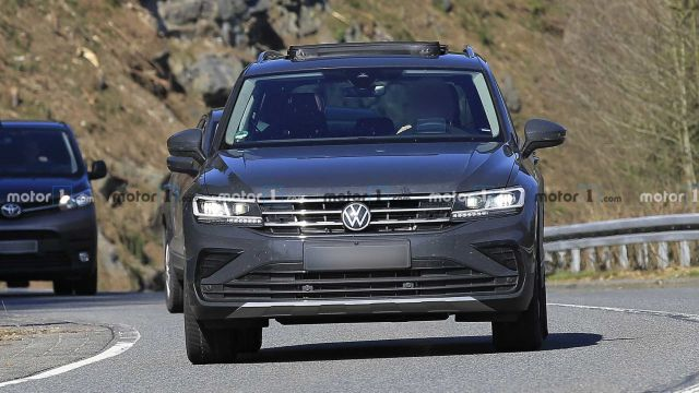 Обновленный Volkswagen Tiguan попался фотошпионам 1
