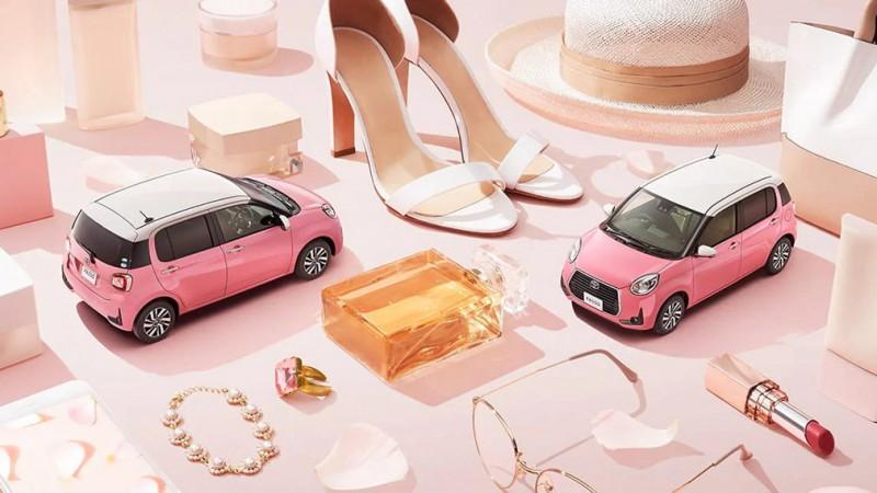 Toyota выпустила истинно женский автомобиль 1