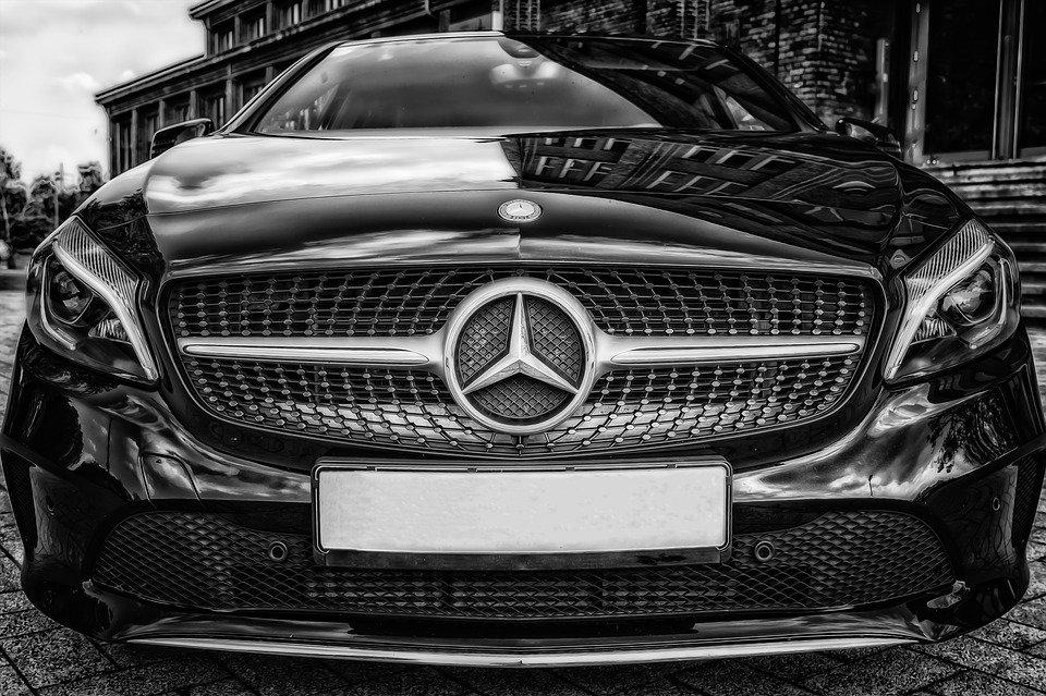 Mercedes и Audi намерены возобновить производство автомобилей 1
