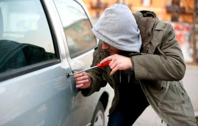 Депутаты боятся за свои автомобили в условиях экономического кризиса 1