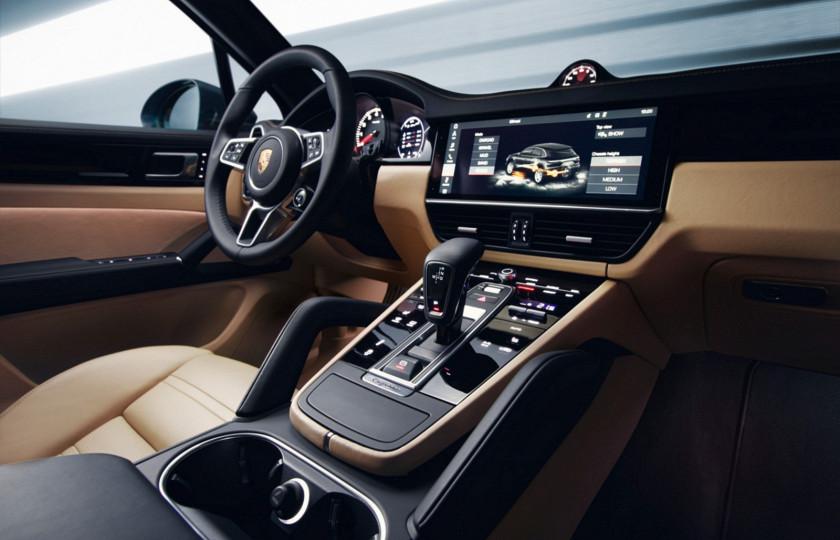Компания Porsche рассекретила новый Cayenne 4
