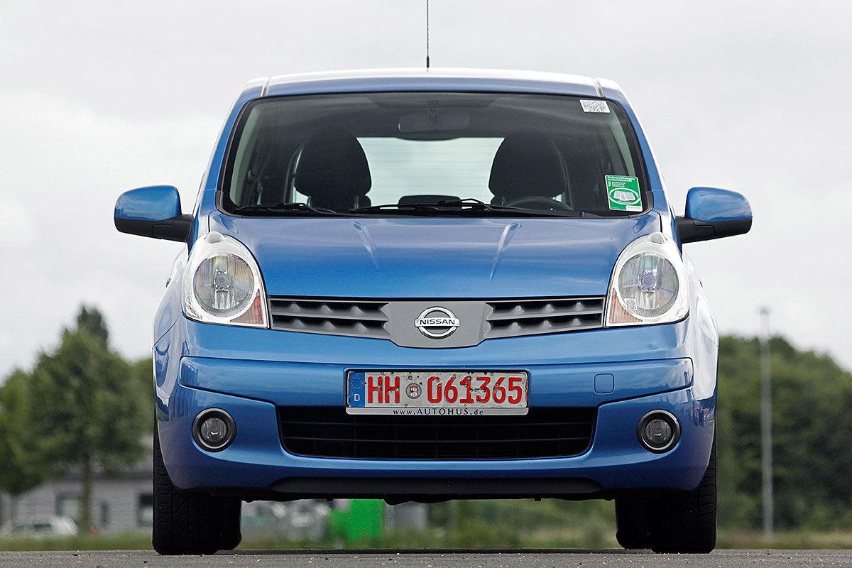 «Старость – не радость»: тест-драйв Nissan Note с пробегом 2