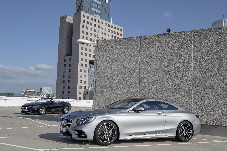 Компания Mercedes-Benz раскрыла кабриолет S-класса и обновленное купе 1