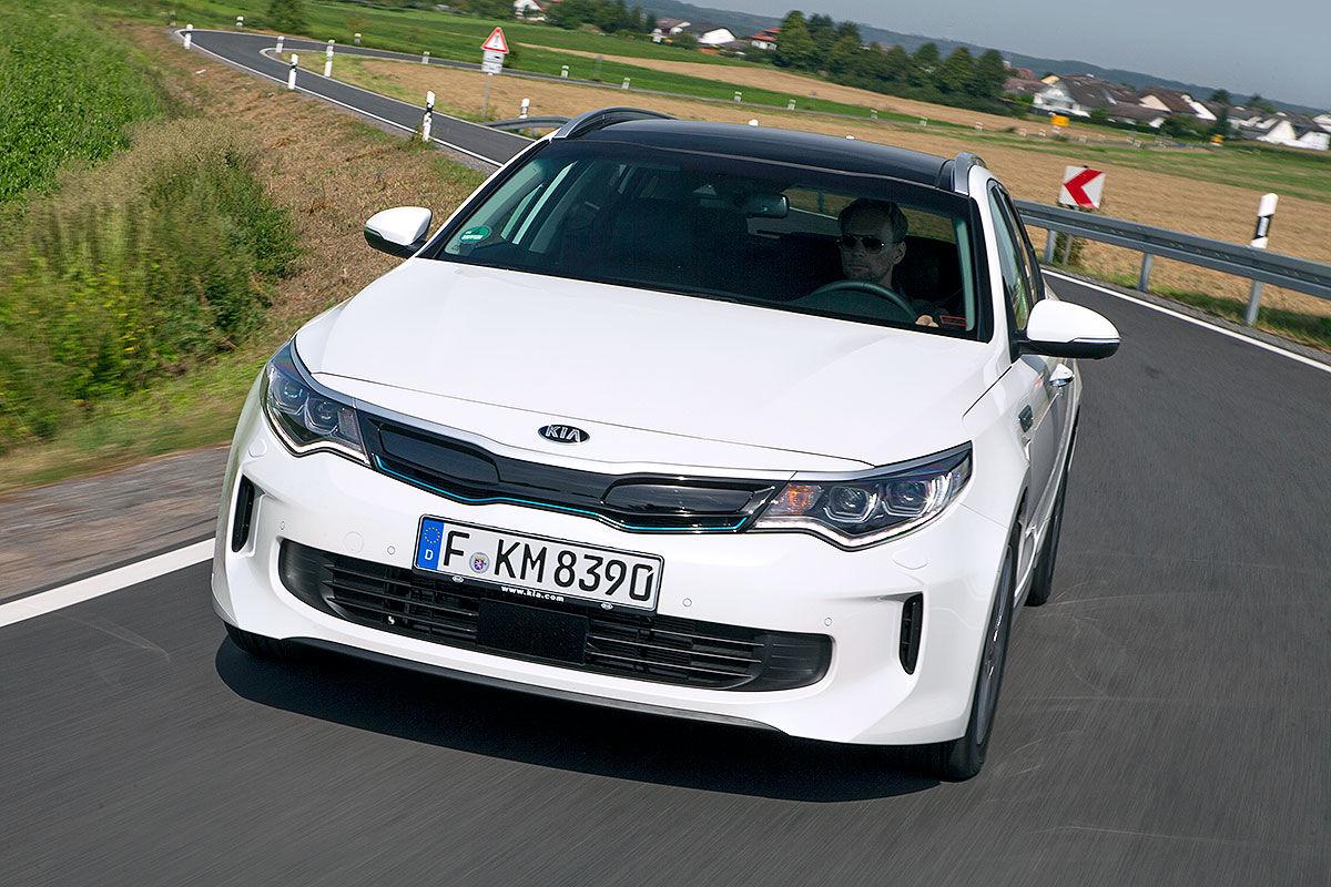 «Универсал с чистой совестью»: тест-драйв Kia Optima Sportwagon Plug-in Hybrid 5