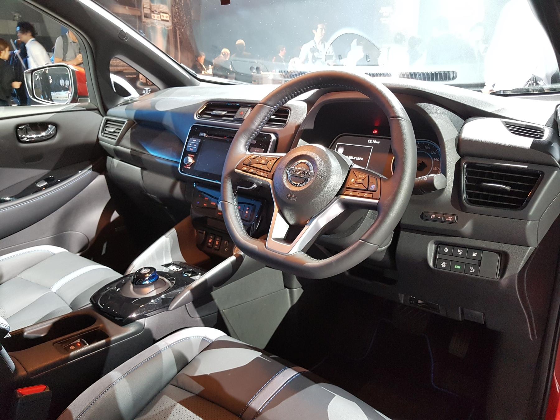 Nissan Leaf нового поколения официально представлен 2