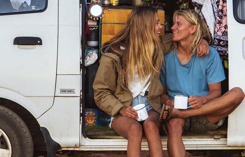 Пара австралийцев отправились в «бесконечное» путешествие на старом минивэне 3