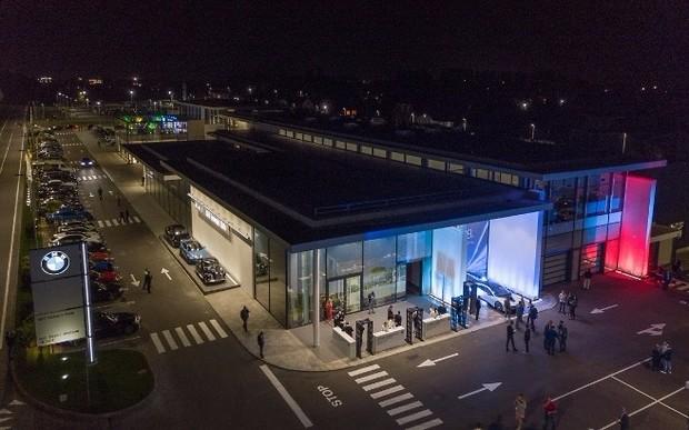 Новый шаг вперед в светлое будущее. Торжественная церемония открытия импортерско-дилерского центра BMW в Украине 1