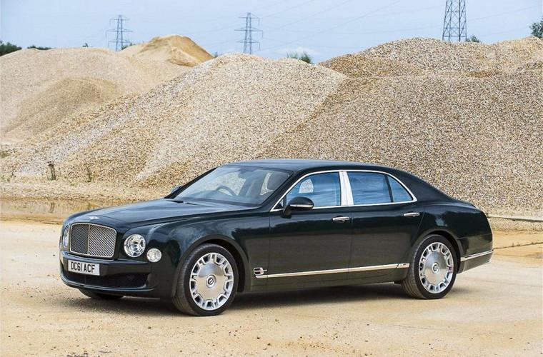 Роскошный Bentley Королевы Великобритании выставят на аукцион 2