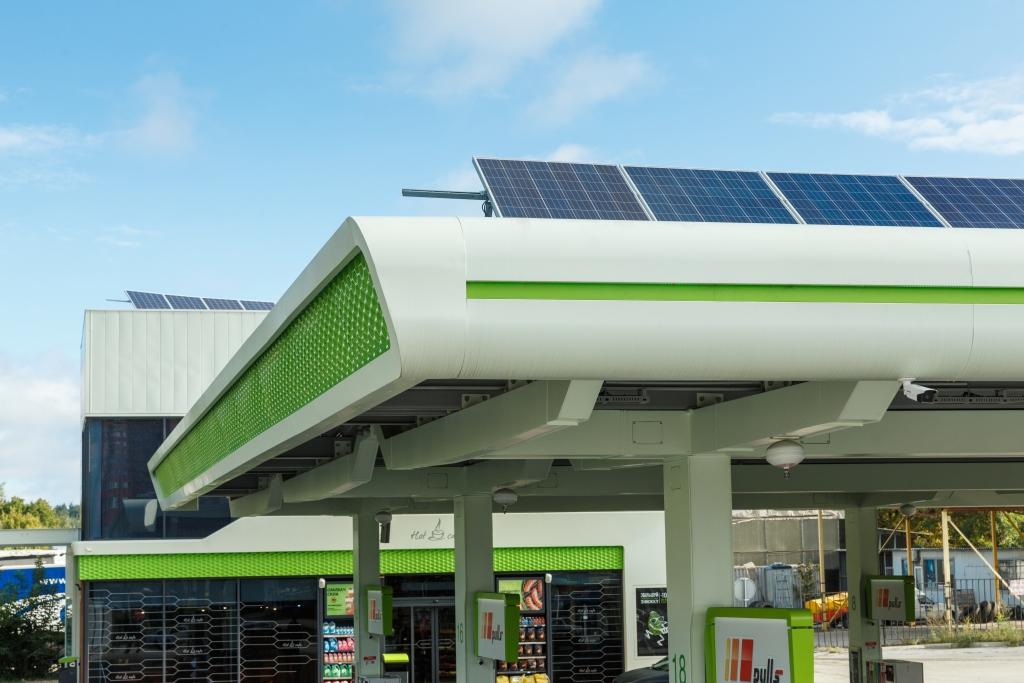 АЗК «ОККО» будет производить солнечную электроэнергию 1