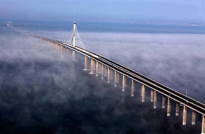 Где находится самый длинный автомобильный мост в мире 3