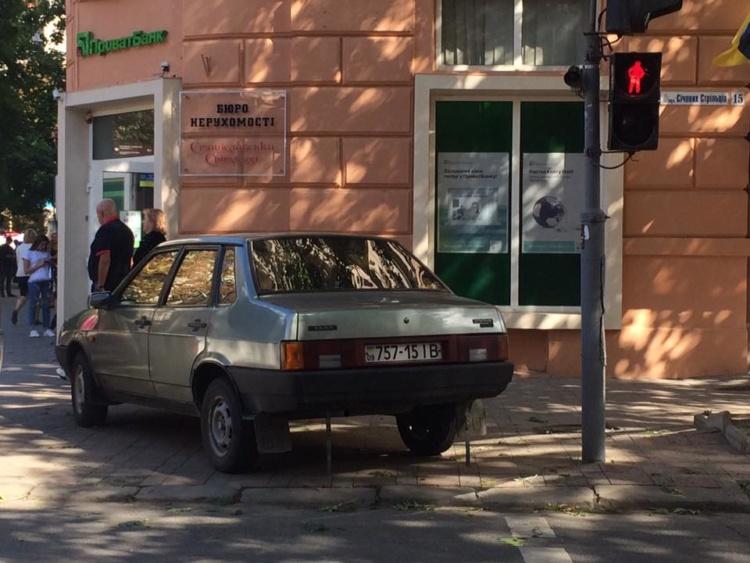 Украинцев разозлил очередной «герой парковки» 1