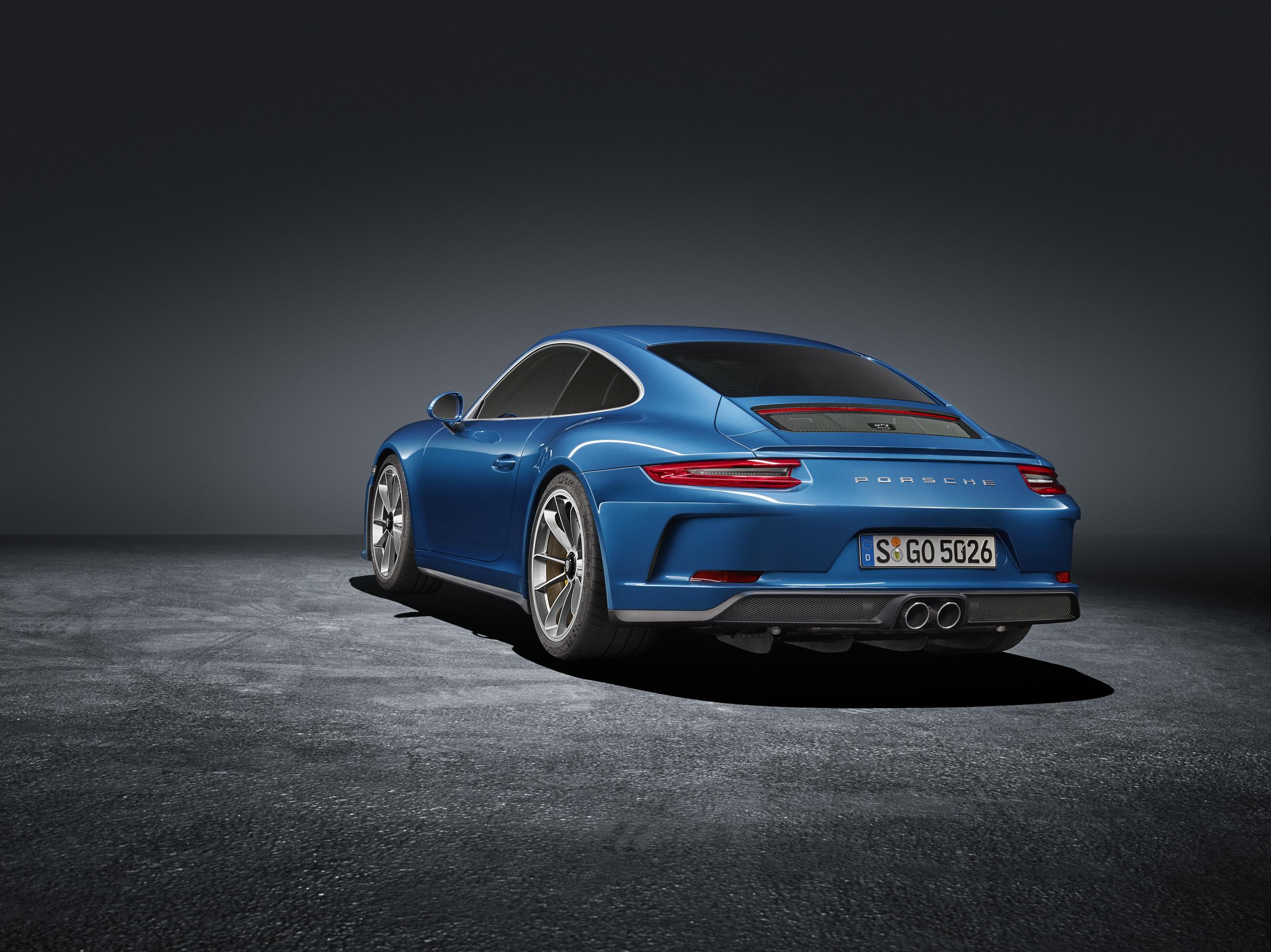 Porsche показал особую 911 GT3 2