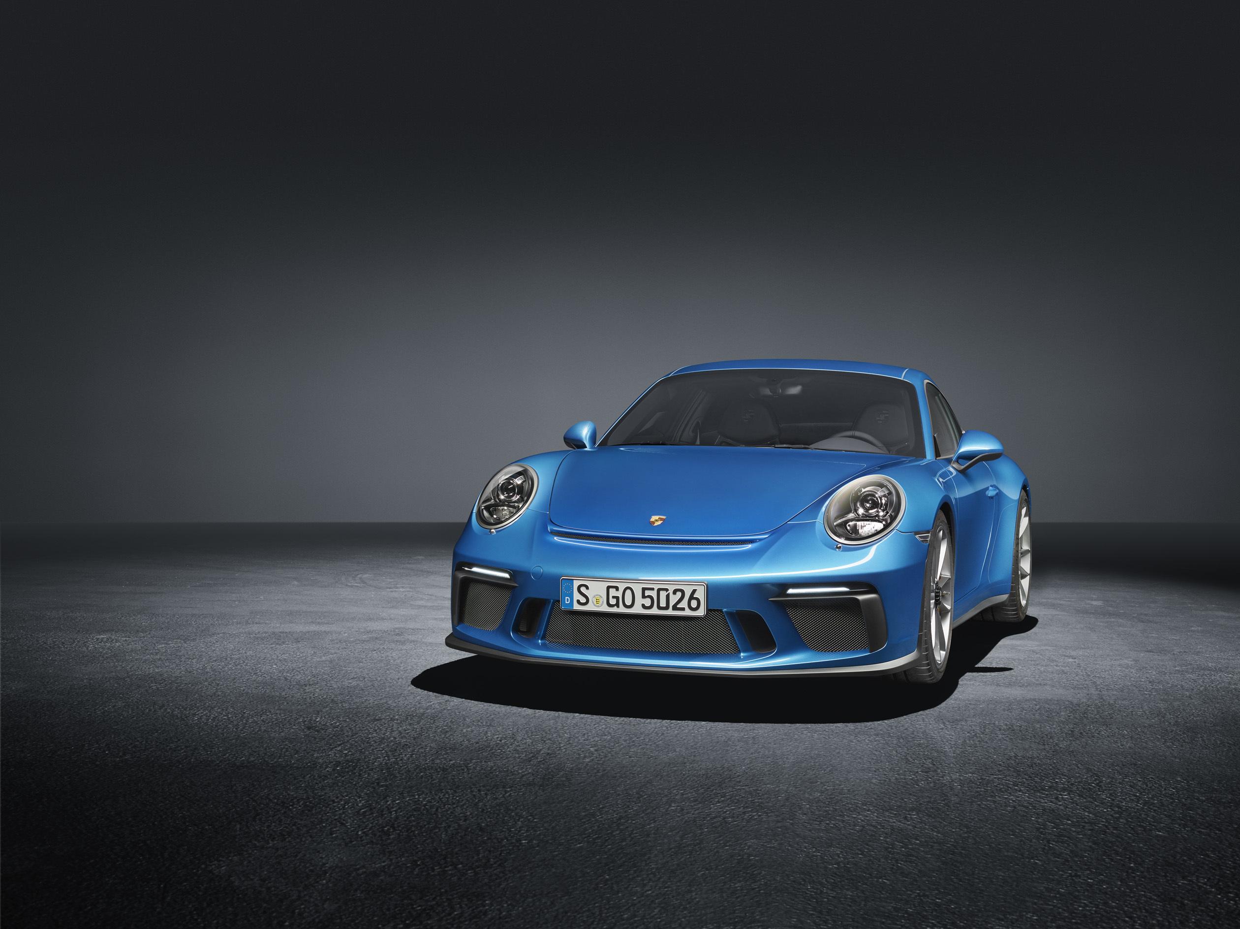 Porsche показал особую 911 GT3 1