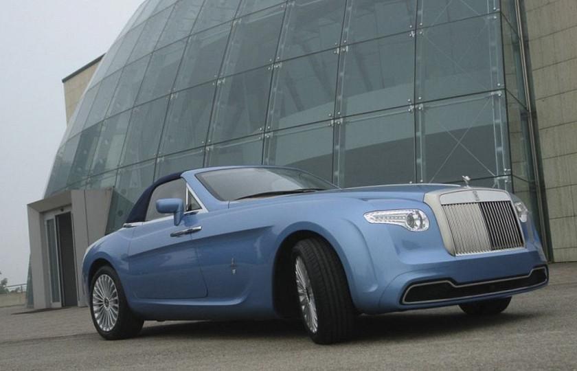 Самый «неудачный» Rolls-Royce продают «за бесценок» 1