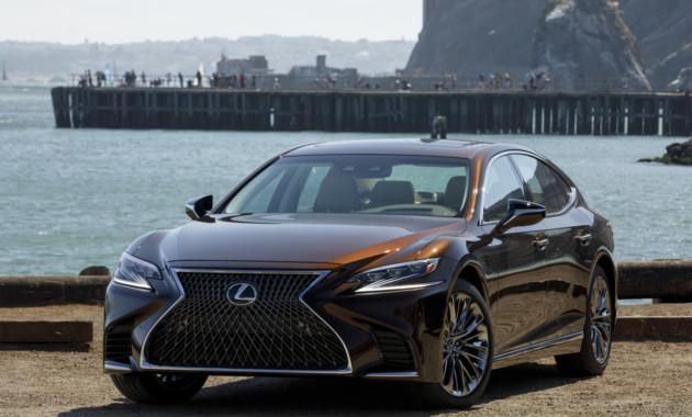Новый седан Lexus готовится к выходу на рынок 1