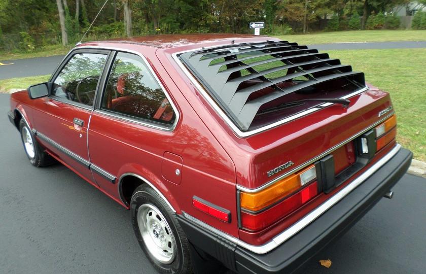 Honda Accord, три десятилетия простоявшая в гараже, ушла с молотка 2