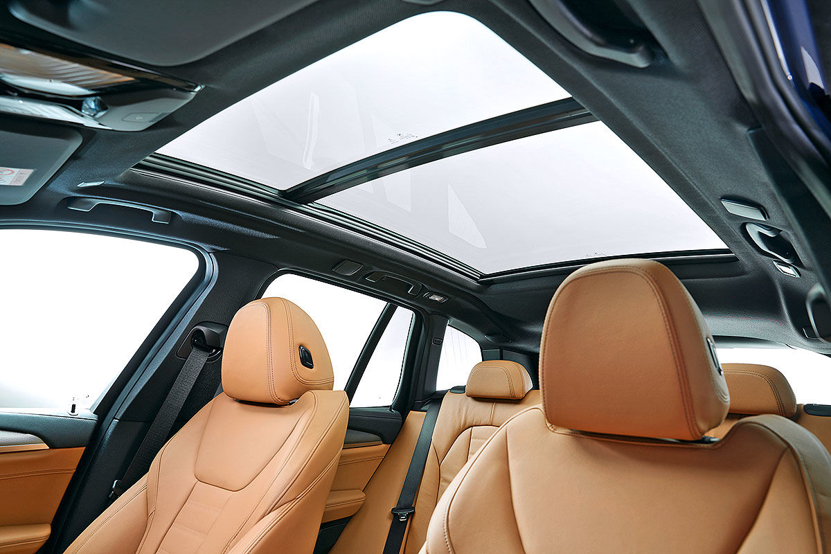Больше и маневреннее: тест-драйв BMW X3 4