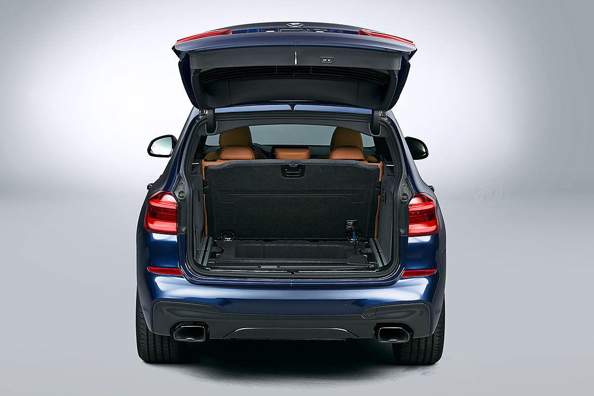 Больше и маневреннее: тест-драйв BMW X3 5