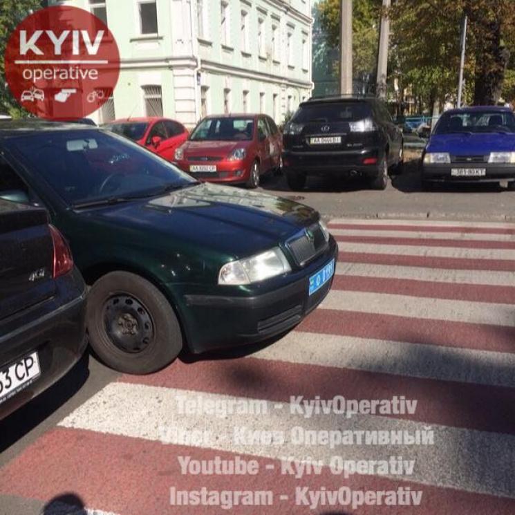 Украинцев возмутил полицейский «герой парковки» 2