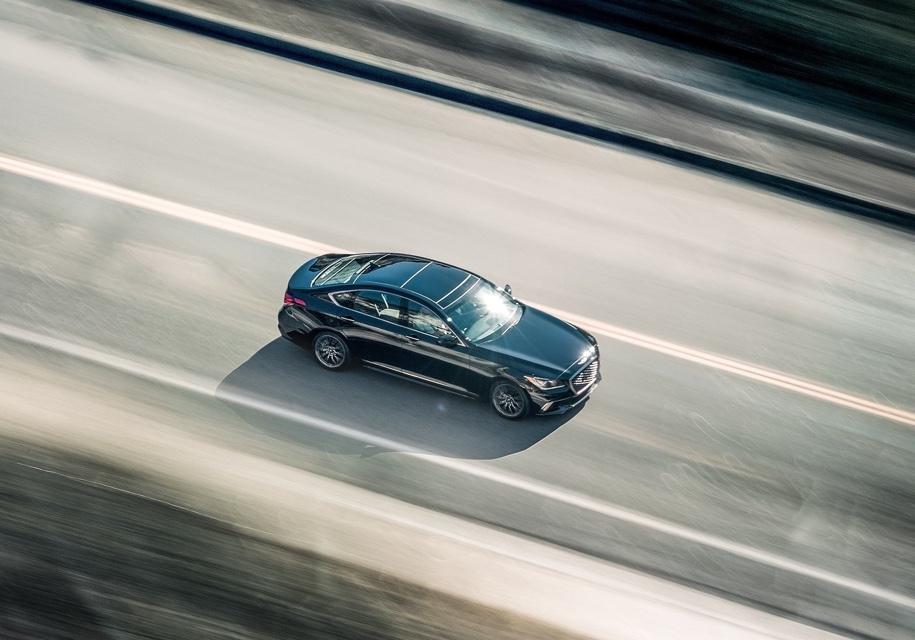 Hyundai назвал технологии BMW и Mercedes-Benz «глупыми» 1