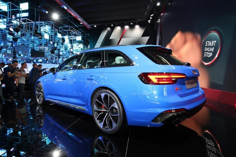 Audi представила самый быстрый универсал 2