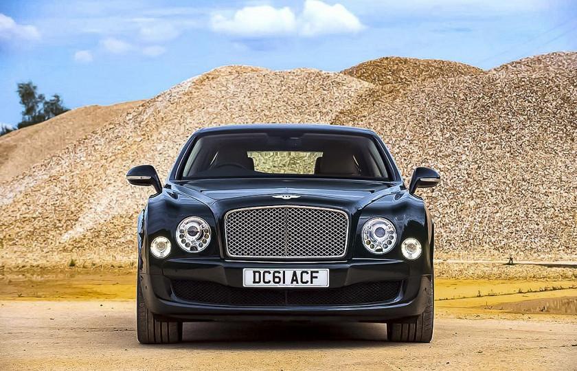 Роскошный Bentley Королевы Великобритании выставят на аукцион 1