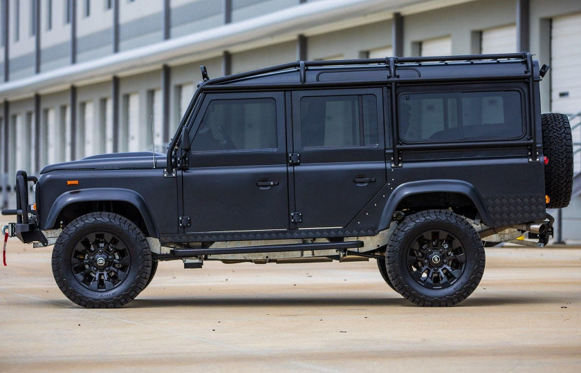 «Железный конь» и «Каратель» – новые необычные Land Rover 3