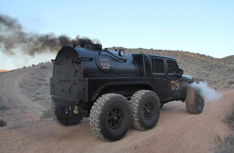Внедорожник Jeep Wrangler «превратили» в паровоз 2