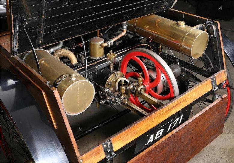Самый старый автомобиль Великобритании продадут за огромные деньги 3
