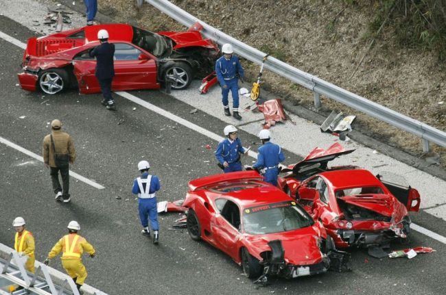 Аварии с редкими и дорогими автомобилями 2