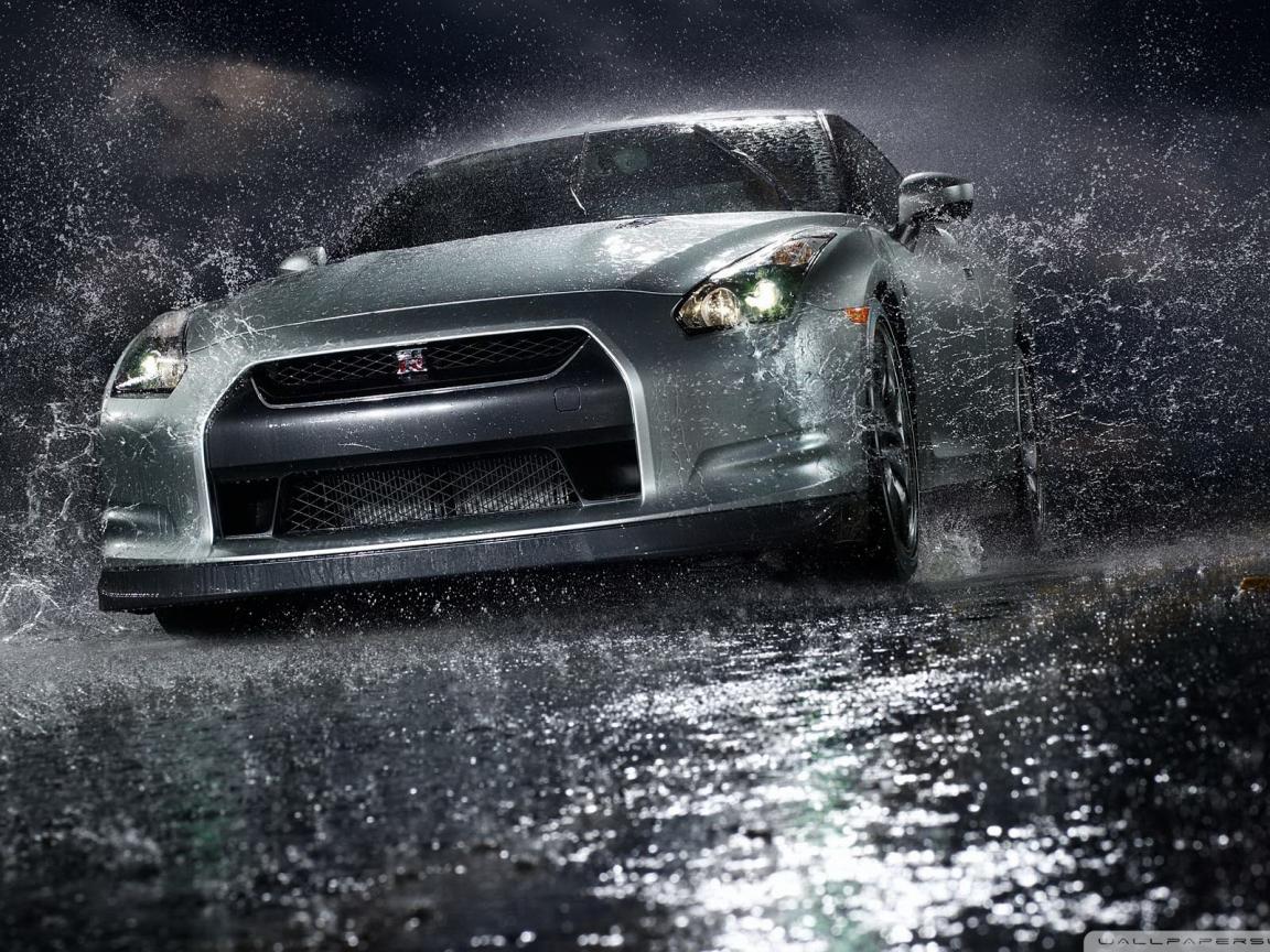 Особенности безопасного вождения в дождевых условиях 1