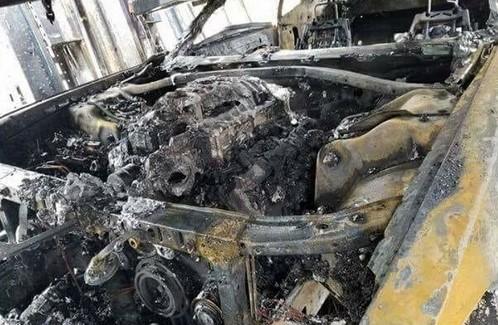 Самовозгорание уничтожило сразу три новеньких гиперкара 3