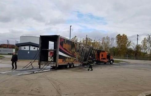 Самовозгорание уничтожило сразу три новеньких гиперкара 2