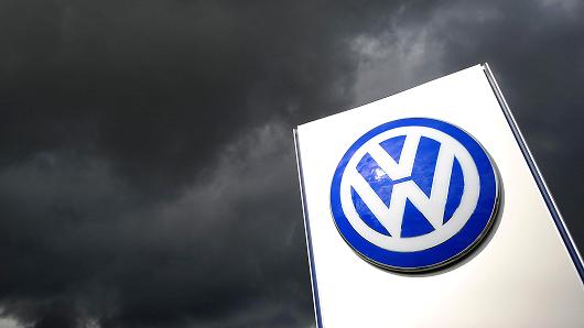 15 тысяч покупателей подали коллективный иск на Volkswagen 1