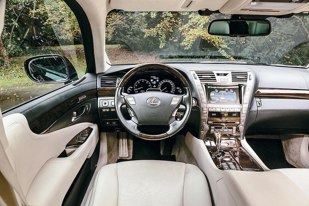 «Сплошная роскошь и никаких сожалений»: тест-драйв Lexus LS 600h 5