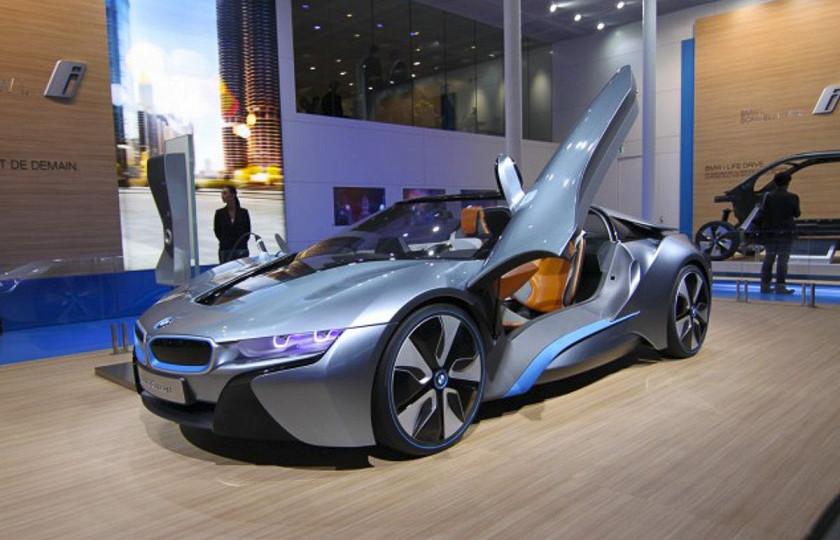 Названа дата дебюта BMW i8 Roadster 2