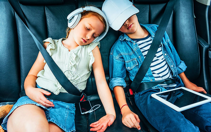 Ученые выяснили, чем занимаются дети в машине 1