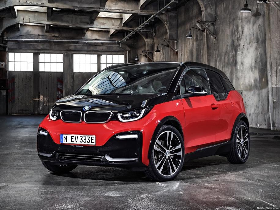В BMW придумали названия для электрических кроссоверов 1