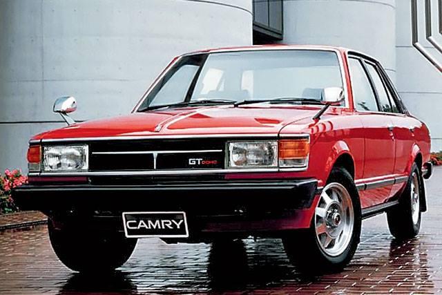 «Предшественница легенды»: тест-драйв раритетной Toyota Camry 1