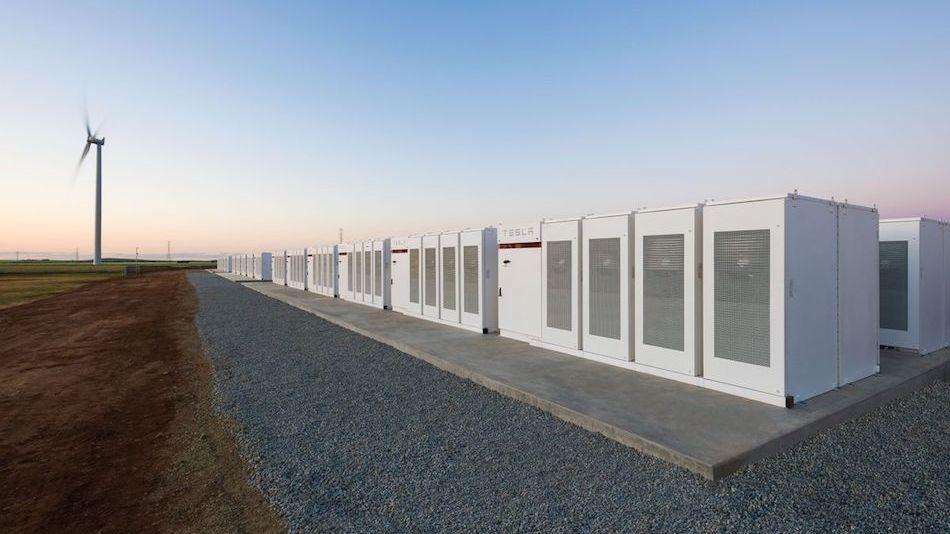 Глава Tesla на спор построил самую большую батарейку в мире 2