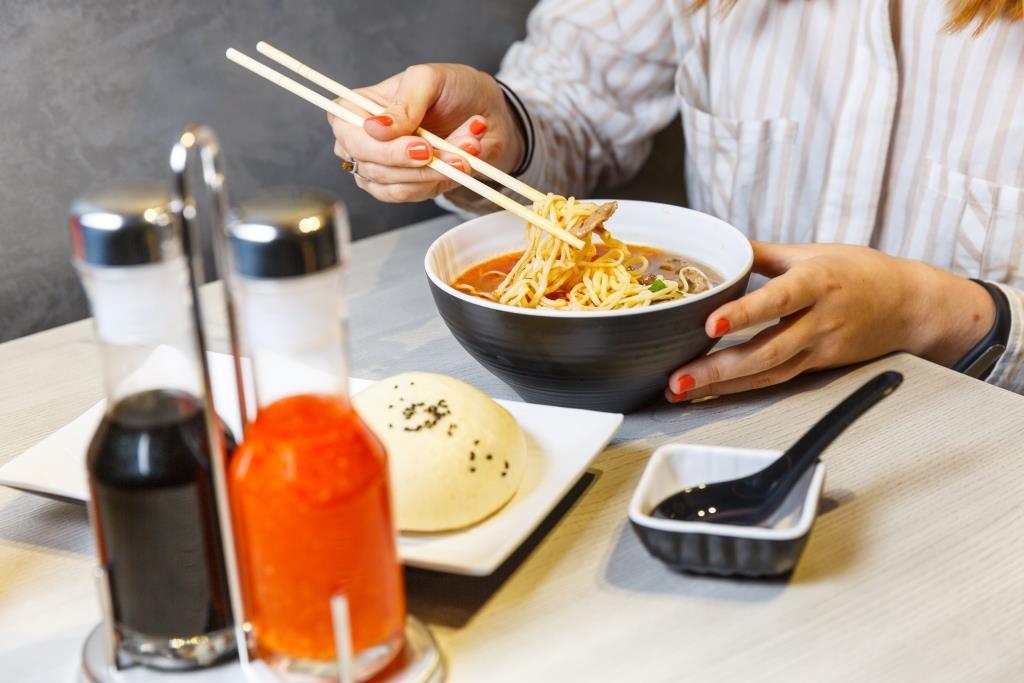 «ОККО» представила первый ресторан за пределами АЗК – паназиатский Meiwei 5
