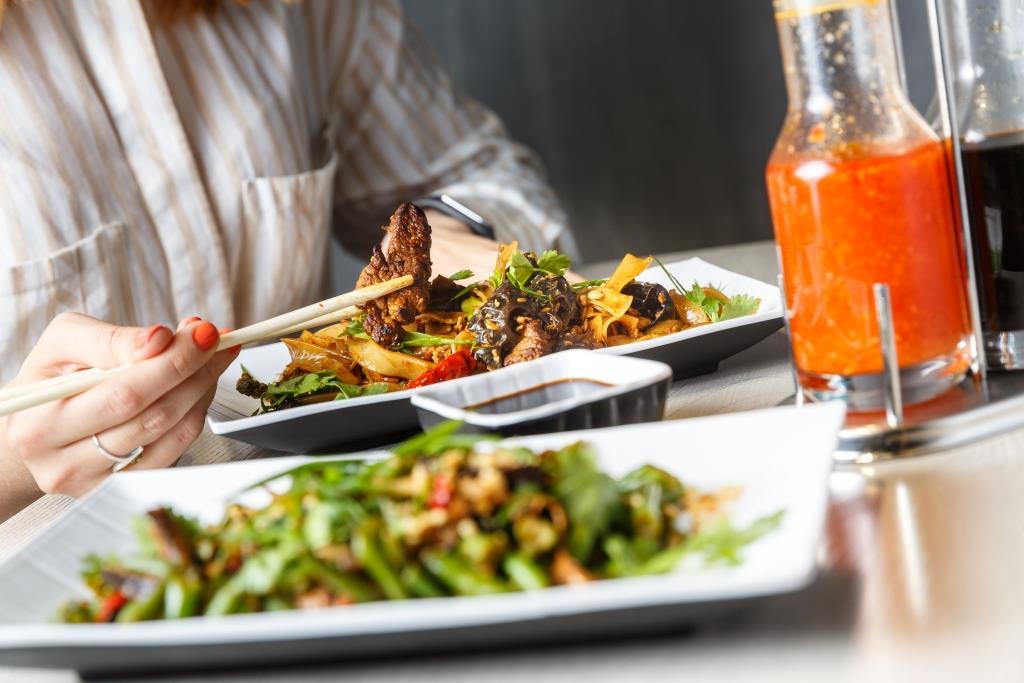 «ОККО» представила первый ресторан за пределами АЗК – паназиатский Meiwei 7