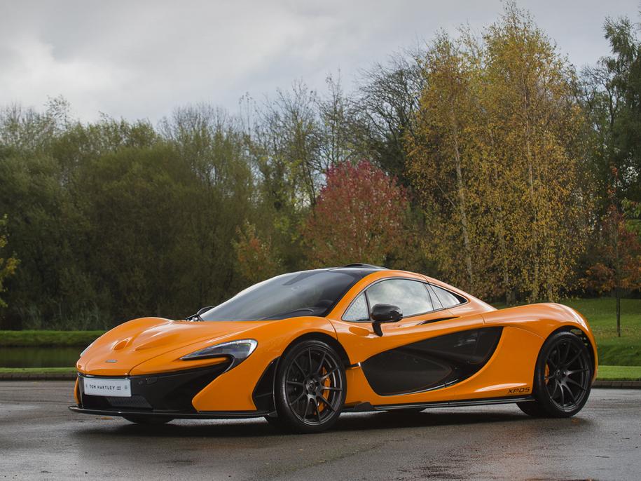 Один из пяти прототипов супергибрида McLaren P1 выставили на торги 1