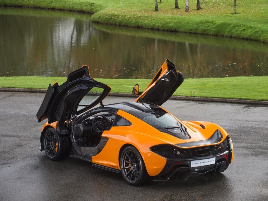 Один из пяти прототипов супергибрида McLaren P1 выставили на торги 3
