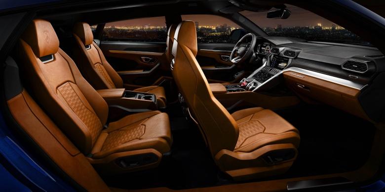 Первый кроссовер Lamborghini официально представлен 5