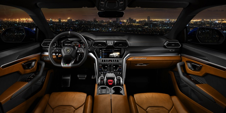 Первый кроссовер Lamborghini официально представлен 4