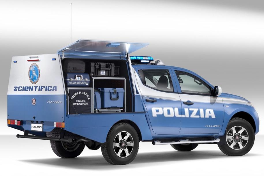 Fiat построил пикап для полицейских-криминалистов 2