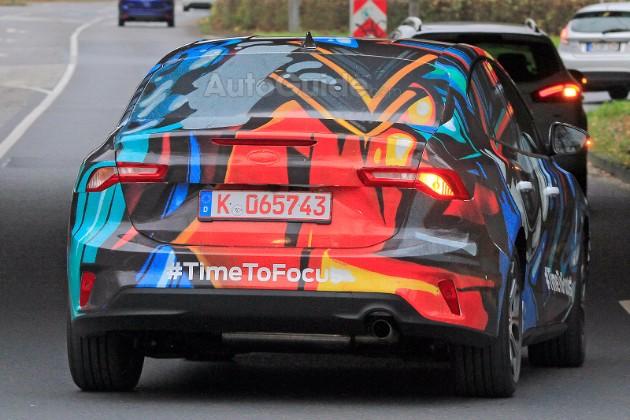 Фотошпионы «поймали» новый Ford Focus со странными фарами 3